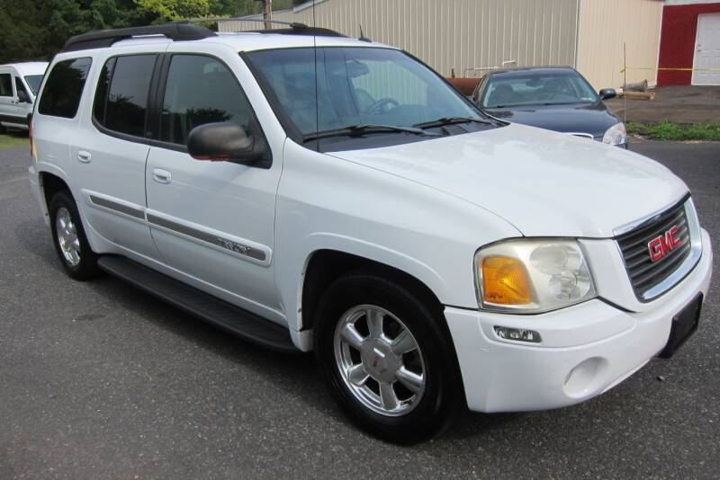 2004 GMC Envoy XL for sale at K & R Auto Sales,Inc in Quakertown PA