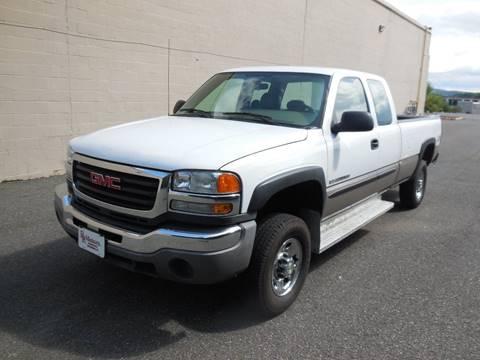 2005 GMC Sierra 2500HD for sale in Waterbury, CT