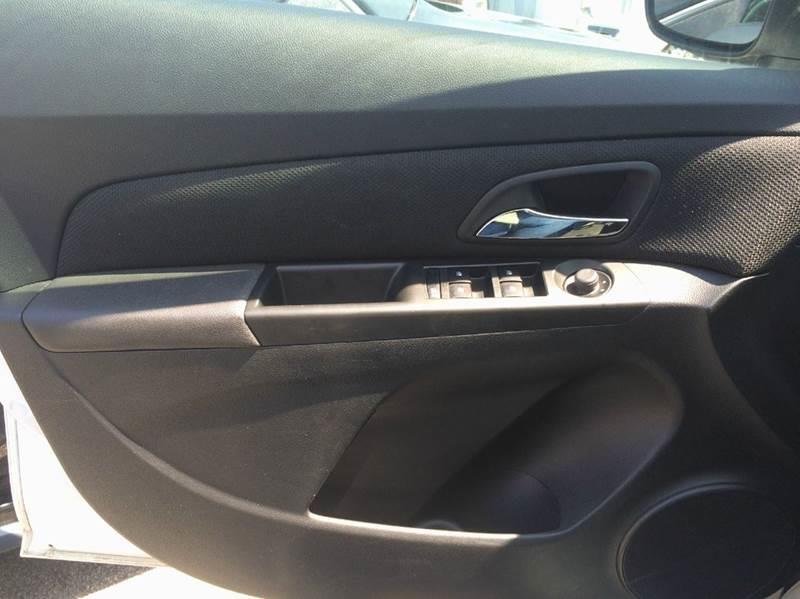 2013 Chevrolet Cruze 1LT Auto 4dr Sedan w/1SD - Philadelphia PA
