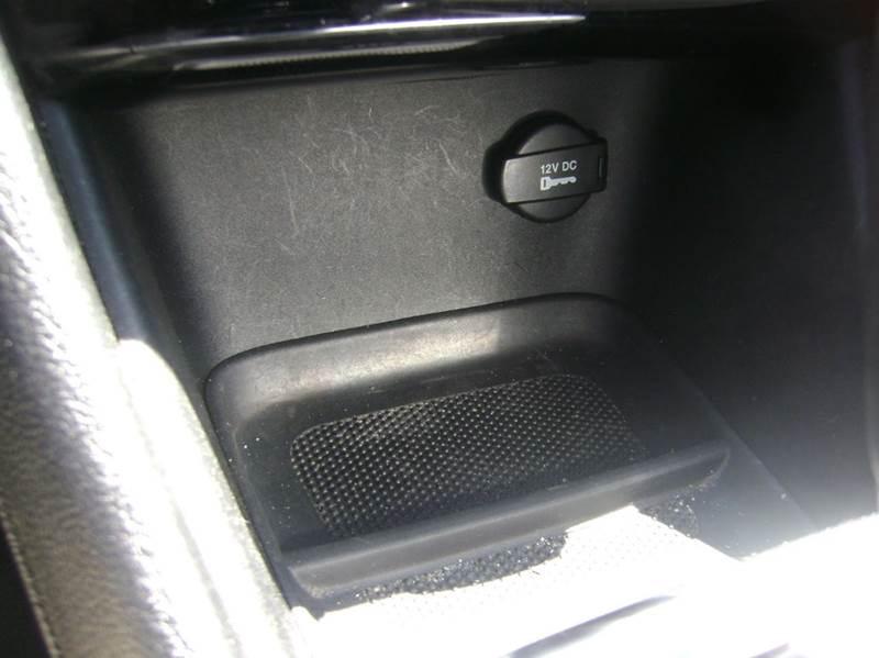 2013 Chrysler 200 Touring 4dr Sedan - Philadelphia PA