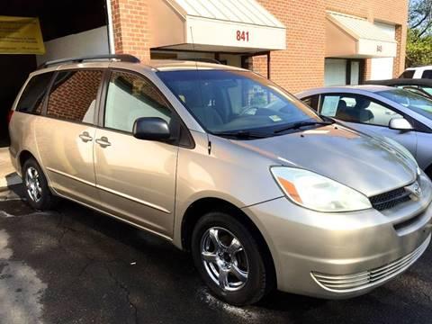 2004 Toyota Sienna for sale at Used Cars of Fairfax LLC in Woodbridge VA