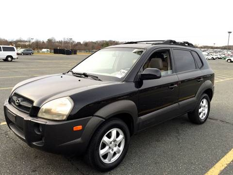 2005 Hyundai Tucson for sale at Used Cars of Fairfax LLC in Woodbridge VA