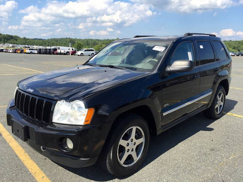 2006 Jeep Grand Cherokee for sale at Used Cars of Fairfax LLC in Woodbridge VA