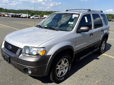 2005 Ford Escape for sale at Used Cars of Fairfax LLC in Woodbridge VA