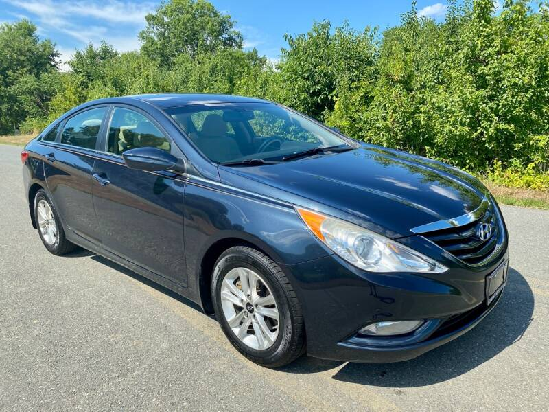2013 Hyundai Sonata for sale at Used Cars of Fairfax LLC in Woodbridge VA
