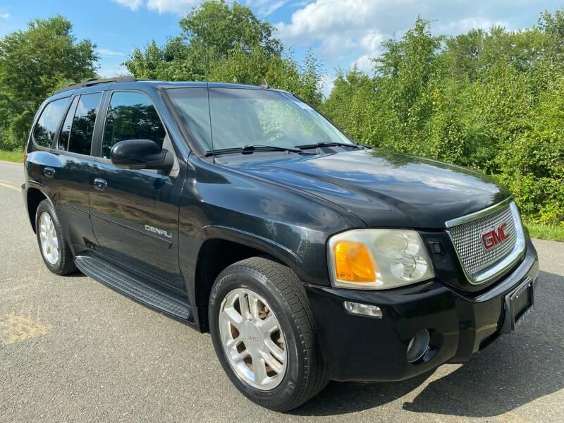 2006 GMC Envoy for sale at Used Cars of Fairfax LLC in Woodbridge VA