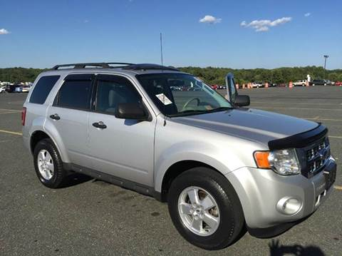 2009 Ford Escape for sale at Used Cars of Fairfax LLC in Woodbridge VA