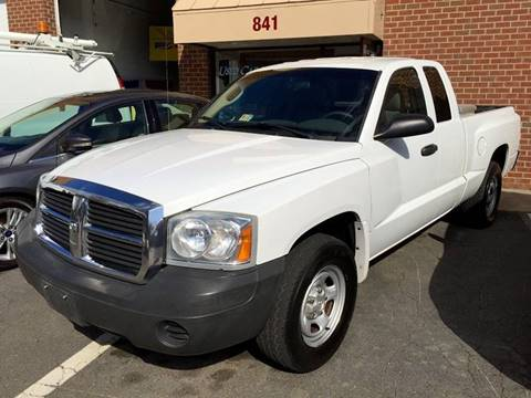 2007 Dodge Dakota for sale at Used Cars of Fairfax LLC in Woodbridge VA