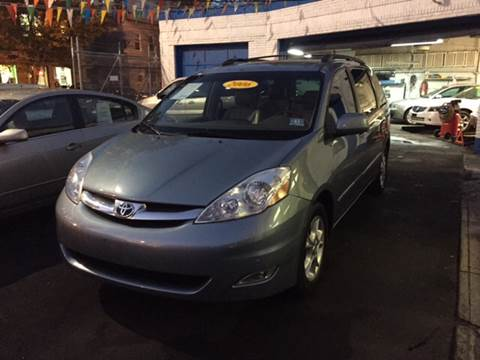 2006 Toyota Sienna for sale at DEALS ON WHEELS in Newark NJ