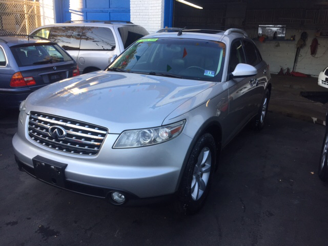 2004 Infiniti FX35 for sale at DEALS ON WHEELS in Newark NJ