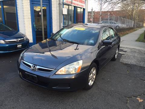 2007 Honda Accord for sale at DEALS ON WHEELS in Newark NJ