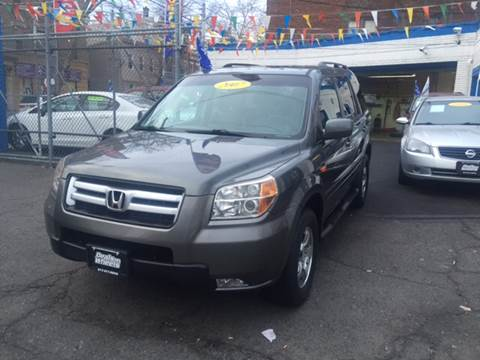 2007 Honda Pilot for sale at DEALS ON WHEELS in Newark NJ