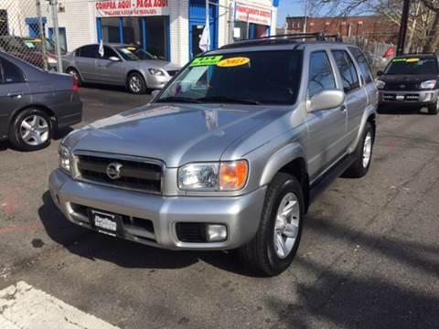 2003 Nissan Pathfinder for sale at DEALS ON WHEELS in Newark NJ