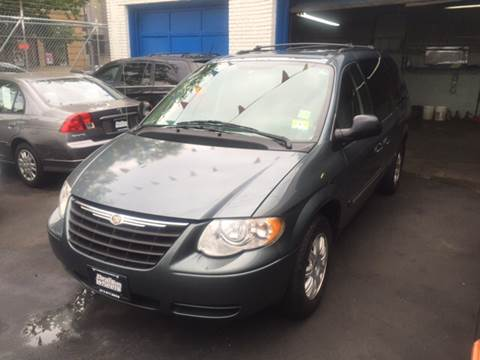 2006 Chrysler Town and Country for sale at DEALS ON WHEELS in Newark NJ