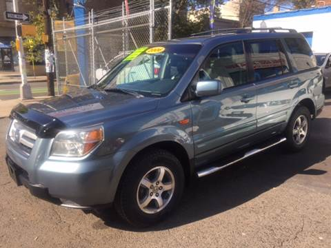 2006 Honda Pilot for sale at DEALS ON WHEELS in Newark NJ