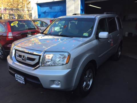 2009 Honda Pilot for sale at DEALS ON WHEELS in Newark NJ