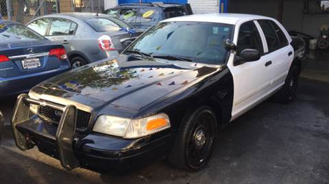 2009 Ford Crown Victoria for sale at DEALS ON WHEELS in Newark NJ