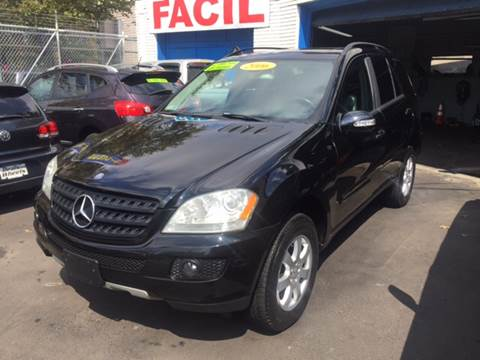 2006 Mercedes-Benz M-Class for sale at DEALS ON WHEELS in Newark NJ