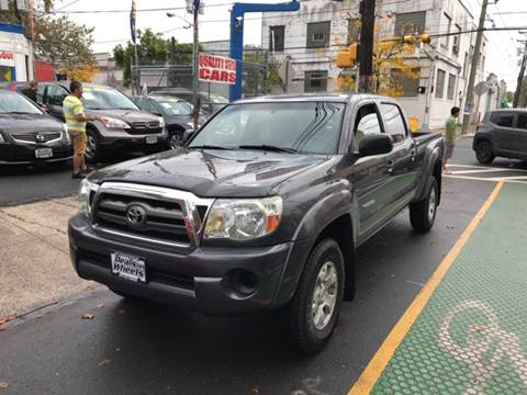 2009 Toyota Tacoma for sale at DEALS ON WHEELS in Newark NJ