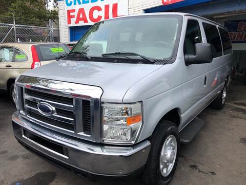 2008 Ford E-Series Wagon for sale at DEALS ON WHEELS in Newark NJ