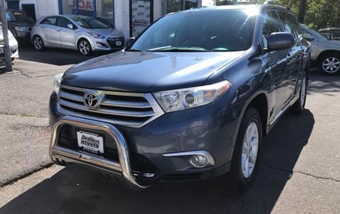 2012 Toyota Highlander for sale at DEALS ON WHEELS in Newark NJ