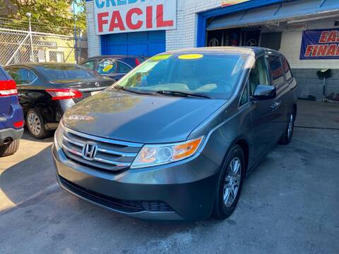 2011 Honda Odyssey for sale at DEALS ON WHEELS in Newark NJ