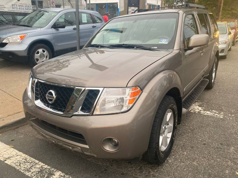 2008 Nissan Pathfinder for sale at DEALS ON WHEELS in Newark NJ