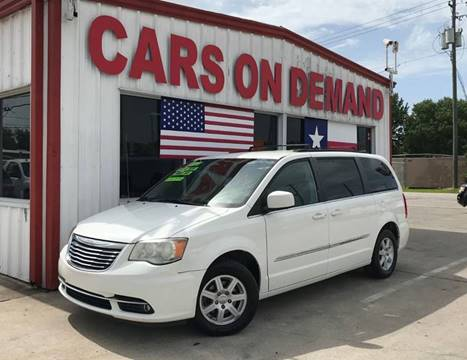 2011 Chrysler Town and Country for sale in Pasadena, TX