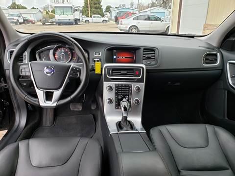 2018 Volvo V60 Cross Country