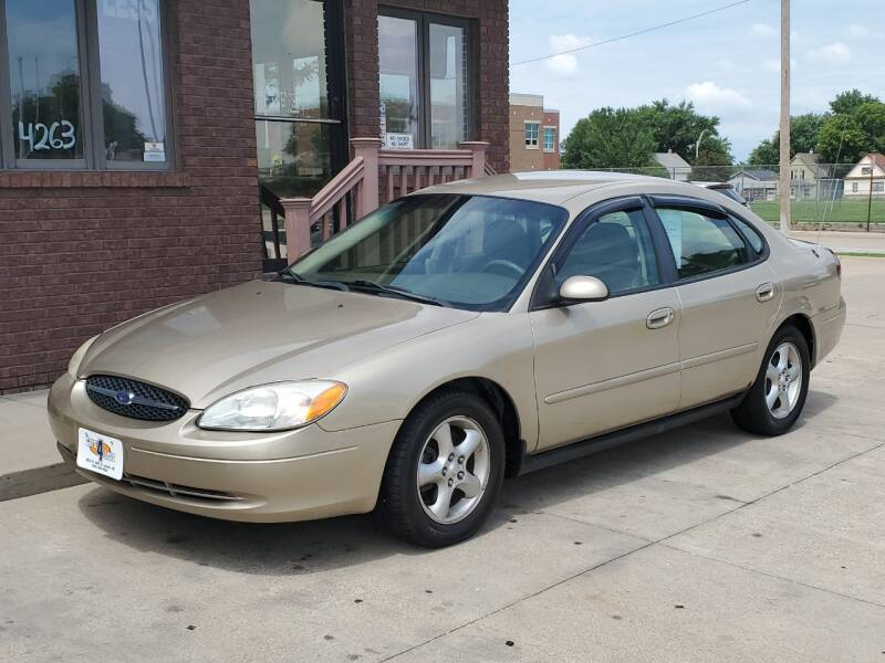 2001 Ford Taurus SE 4dr Sedan - Lincoln NE