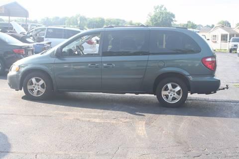 2005 Dodge Grand Caravan for sale in Evansville, WI
