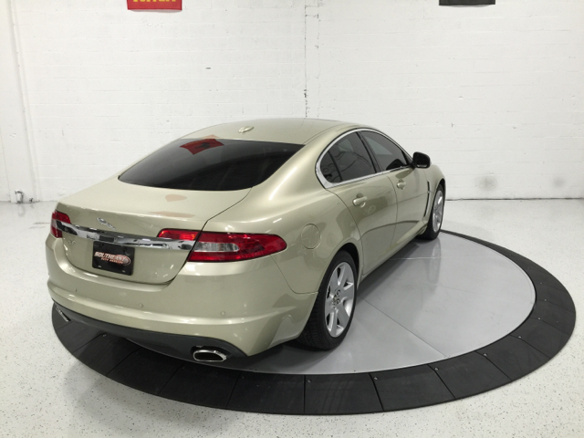 2009 Jaguar XF Luxury 4dr Sedan - Pompano Beach FL