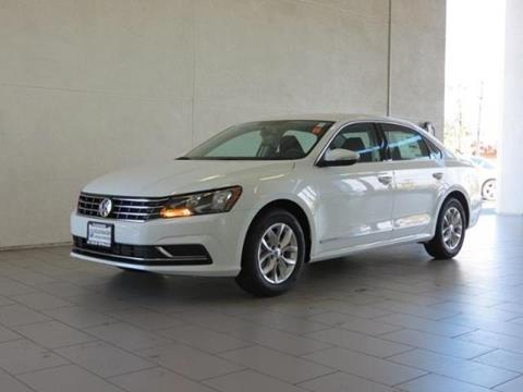 2017 Volkswagen Passat for sale in Cathedral City, CA