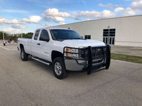 Captivating 2013 Chevrolet Silverado 2500HD 120,316 Miles Special $17,990