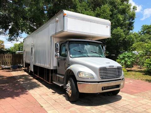 2003 Freightliner Box Truck 203,313 Miles Special $17,490