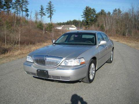 2004 Lincoln Town Car for sale at GRS Auto Sales and GRS Recovery in Hampstead NH