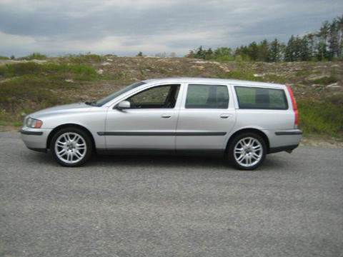 2004 Volvo V70 for sale at GRS Auto Sales and GRS Recovery in Hampstead NH