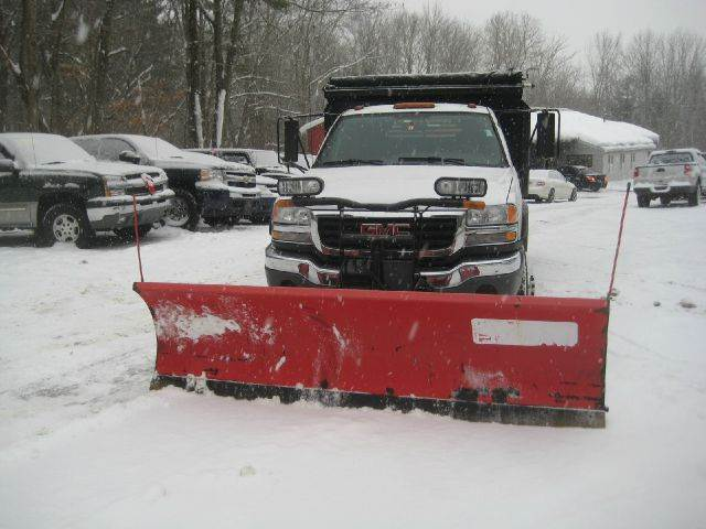 2004 GMC Sierra 3500HD/6.6/with plow for sale at GRS Auto Sales and GRS Recovery in Hampstead NH