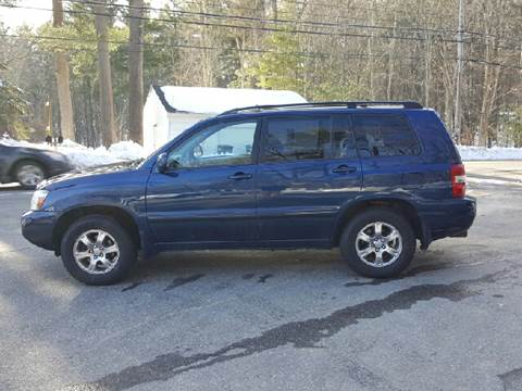 2004 Toyota Highlander for sale at GRS Auto Sales and GRS Recovery in Hampstead NH