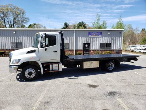 2015 Hino 258 for sale in Hampstead, NH