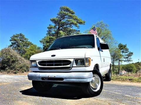 2000 Ford E-250 for sale in Doraville, GA
