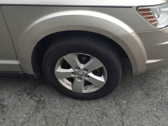 2009 Dodge Journey SXT 4dr SUV - Albany NY