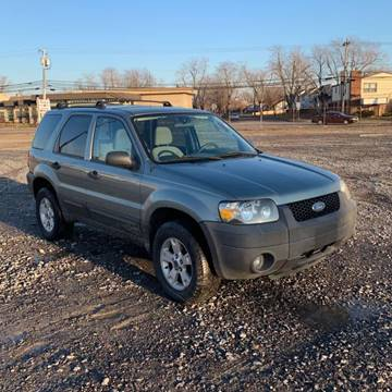 2006 Ford Escape XLT for sale at American & Import Automotive in Cheektowaga NY