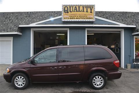 2003 Chrysler Town and Country for sale in Cuba, MO