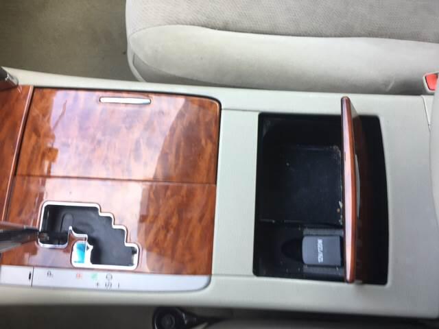 2011 Toyota Camry XLE 4dr Sedan 6A - Clovis NM