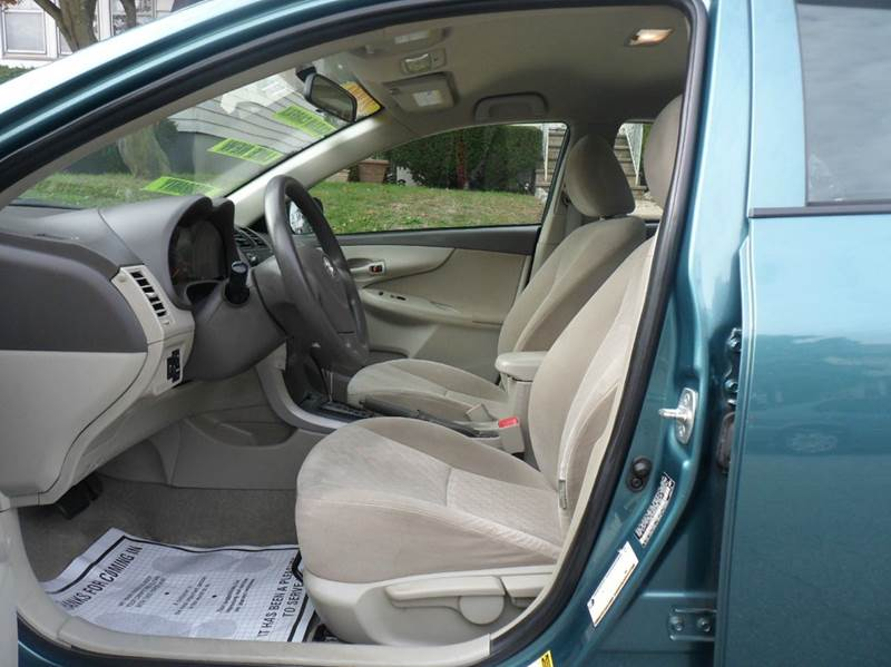 2009 Toyota Corolla LE 4dr Sedan 4A - Irvington NJ