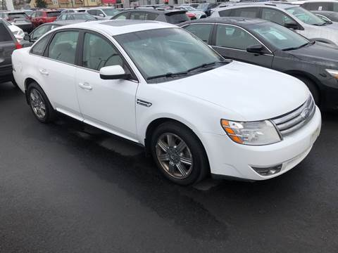 2008 Ford Taurus SEL for sale at Michaels Used Cars Inc. in East Lansdowne PA
