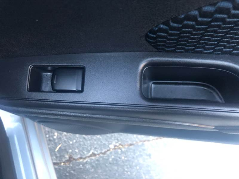 2015 Nissan Versa Note SV 4dr Hatchback - Temecula CA