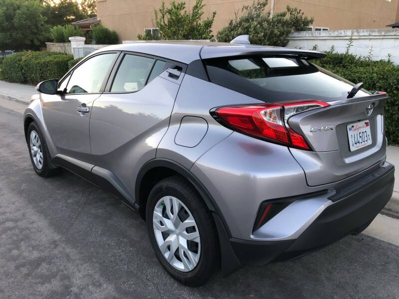 2019 Toyota C-HR LE 4dr Crossover - Temecula CA