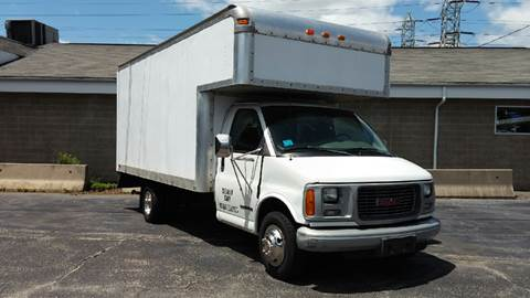 2004 GMC W3500 for sale in Somerset, MA
